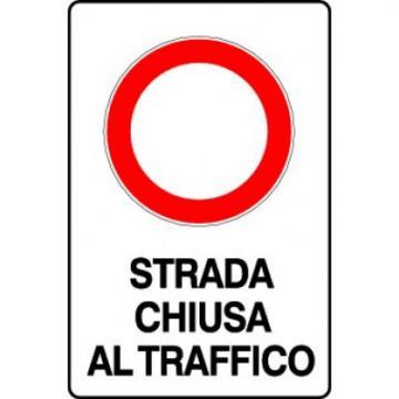 Strada chiusa al traffico