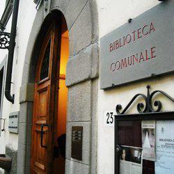 Entrata della biblioteca di Pontassieve